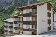 Haus Gstein, Renovierte 2.5-Zimmerwohnung mit Balkon nach Osten