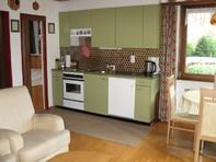 Haus Sandrina, helle Attika-Studiowohnung mit grosser Terrasse und Sauna im Haus