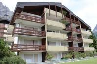 Grosse und helle 2-Zimmerwohnung, Südbalkon mit wunderschöner Aussicht