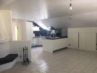 2.5 Zimmer Wohnung mit Cheminée und Pool