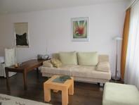 Haus Erli, Renovierte, helle 2.5-Zimmerwohnung in zentraler, ruhiger Lage mit Südbalkon
