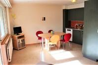 Haus Petit Trianon, helle 2.5-Zimmerwohnung mit grosser Terrass, ruhig und wunderschöner Blick