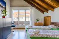 Ruhig, sonnige und moderne 2.5 Zimmer Wohnung in Oberwil-Lieli