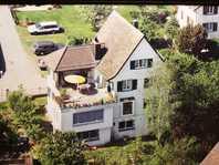 Erdgeschosswohnung in Villa in Horgen