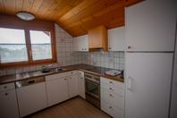 3 1/2 Zi-Dachwohnung hell, renoviert ohne Teppiche