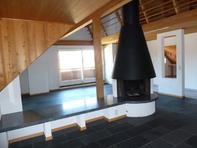 5 ½ Zimmer-Dachwohnung mit Galerie 20 Minuten von Bern
