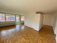 helle grosszügige 4.5 Zimmer Wohnung in Sachseln
