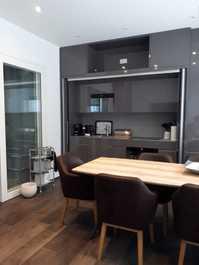 Schöne 2 Zimmer Luxuswohnung mit Sauna und Gartensitzplatz
